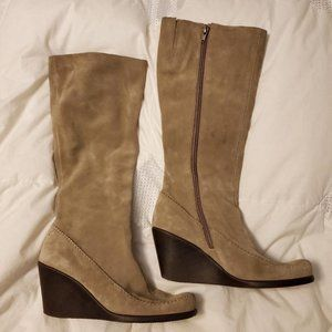 Knee high Tan Suede boots
